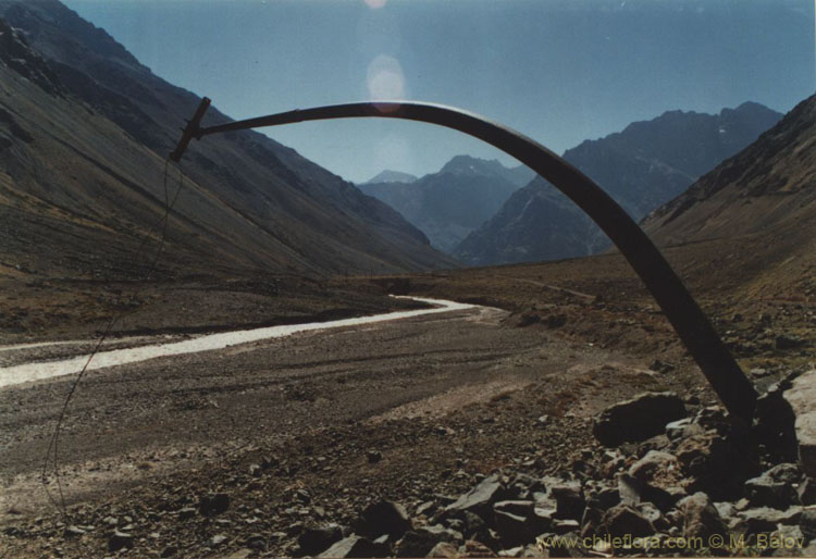 An image of a bent iron post near Portillo, Chile.